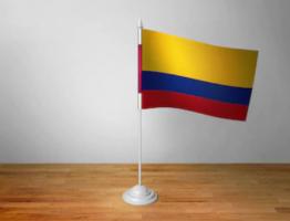 Флажок Колумбии настольный на подставке