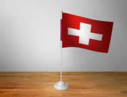 Флажок Швейцарии настольный на подставке
