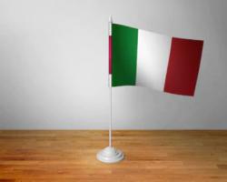Флажок Италии настольный на подставке